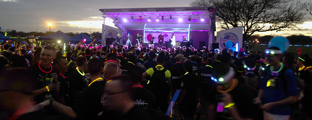 'Glow In The Park' 5K run draws crowds out for fluorescent fun