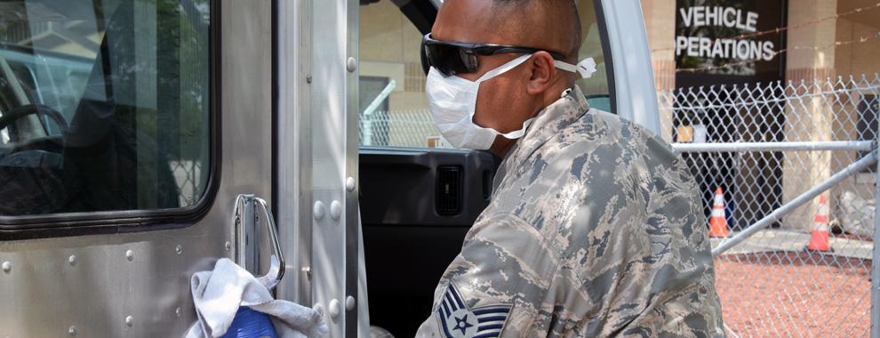 Reserve Citizen Airmen help transportation efforts amid coronavirus pandemic