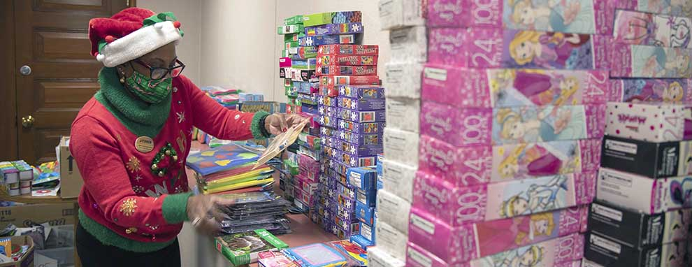 JBSA toy drive brings gifts, cheer to military children